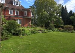 Flat For Sale  Lyndhurst Hampshire SO43