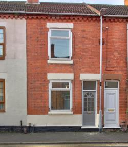 Terraced House For Sale  Coalville Leicestershire LE67