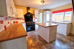Semi Detached House For Sale  Heckington Lincolnshire NG34