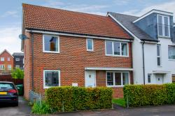 Terraced House For Sale  Basingstoke Hampshire RG24