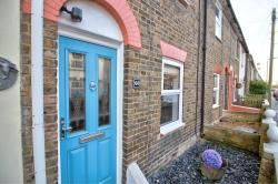 Terraced House For Sale Wouldham Rochester Kent ME1