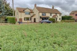 Semi Detached House For Sale Haddiscoe Beccles Norfolk NR14