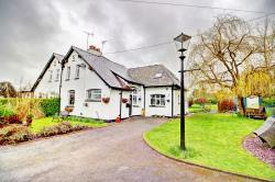 Semi Detached House For Sale  Delamere Cheshire CW6