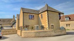 Terraced House For Sale  Kings Cliffe Cambridgeshire PE8