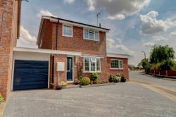 Detached House For Sale  Kempsey Worcestershire WR5