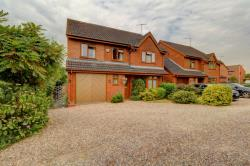 Detached House For Sale  Worcester Worcestershire WR5