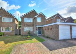 Detached House For Sale  Tadley Hampshire RG26