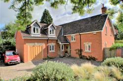 Detached House For Sale  Easterton Wiltshire SN10
