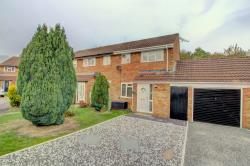 Terraced House For Sale Furzton Milton Keynes Buckinghamshire MK4
