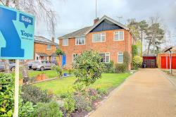 Semi Detached House For Sale  Crowthorne Berkshire RG45