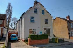 Semi Detached House For Sale  Wolverhampton Shropshire WV6