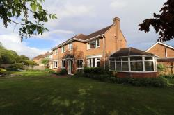 Detached House For Sale  Great Doddington Bedfordshire NN29