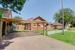 Semi - Detached Bungalow For Sale Wootton Bedford Bedfordshire MK43