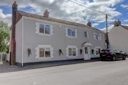 Detached House For Sale  Upwell Cambridgeshire PE14