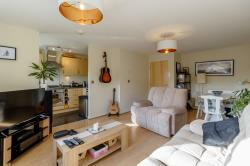 Flat For Sale  Ilford Essex IG5