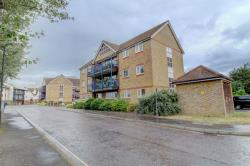 Flat For Sale  Burnham-on-crouch Essex CM0