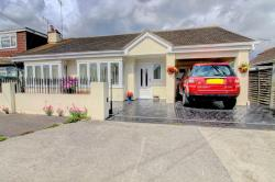 Semi - Detached Bungalow For Sale  Canvey Island Essex SS8
