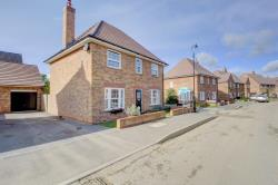 Detached House For Sale Stewarby Bedford Bedfordshire MK43
