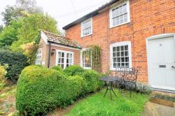 Terraced House For Sale  Ipswich Suffolk IP9