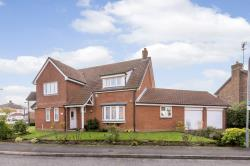 Detached House For Sale  Ilford Essex IG5