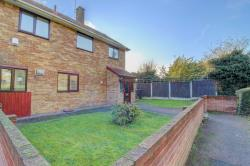 Terraced House For Sale  Basildon Essex SS14