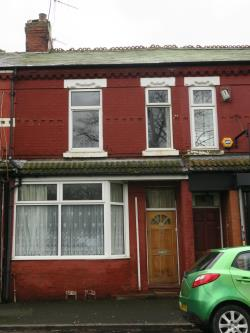 Terraced House For Sale  Manchester Greater Manchester M16