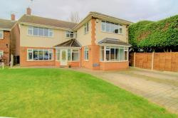 Detached House For Sale  Epping Essex CM16