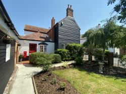 Detached House For Sale  Rochford Essex SS4