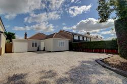Detached Bungalow For Sale  Rayleigh Essex SS6