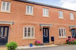 Terraced House For Sale  Peterborough Lincolnshire PE6