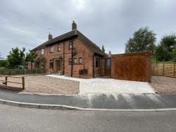 Semi Detached House For Sale  Newark Lincolnshire NG23