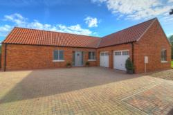 Detached Bungalow For Sale  Nottingham Nottinghamshire NG13