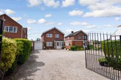 Detached House For Sale  Derby Derbyshire DE72