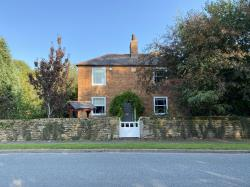 Detached House For Sale  Grantham Lincolnshire NG32