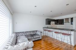 Flat For Sale  London Greater London N21