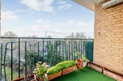 Flat For Sale  London Greater London SE26