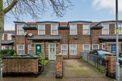 Terraced House For Sale  London Greater London SW9
