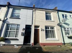 Terraced House For Sale  Rochford Essex SS4