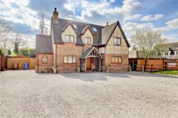 Detached House For Sale  Stanford-le-hope Essex SS17