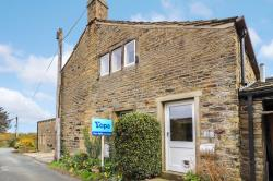 Semi Detached House For Sale Fulstone Village Holmfirth West Yorkshire HD9