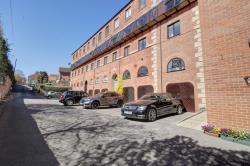 Flat For Sale  Wetherby West Yorkshire LS23