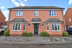 Detached House For Sale  Ipswich Suffolk IP5