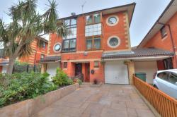 Semi Detached House For Sale  Beckton Greater London E6
