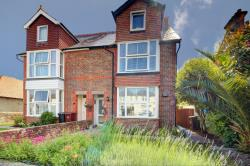 Flat For Sale  Chichester West Sussex PO20
