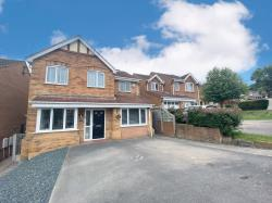 Detached House For Sale  Chesterfield Derbyshire S44