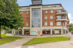 Flat For Sale  Hendon Greater London NW4
