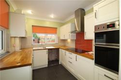 Semi Detached House To Let  Thornton Heath Surrey CR7