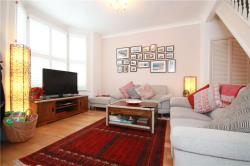 Terraced House To Let  Ealing Greater London W13