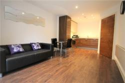 Flat To Let Bromyard Avenue London Greater London W3
