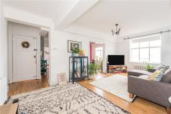 Flat To Let Wellesley Road Chiswick Greater London W4